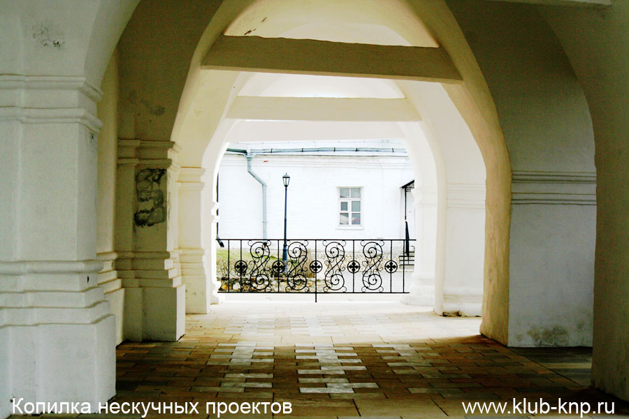 Серпуховский Высоцкий монастырь