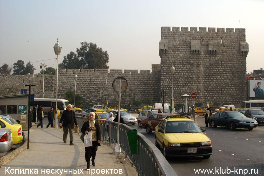Стена мечети Омейядов в Дамаске