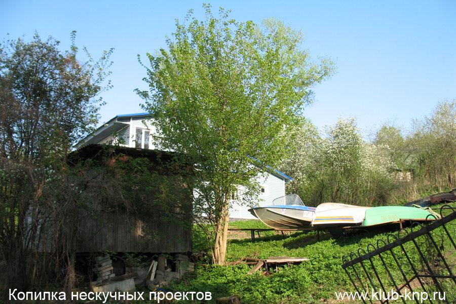 Лодочная станция на Оке Пущино